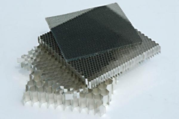 鋁蜂窩芯廠家說蜂窩芯相關技術