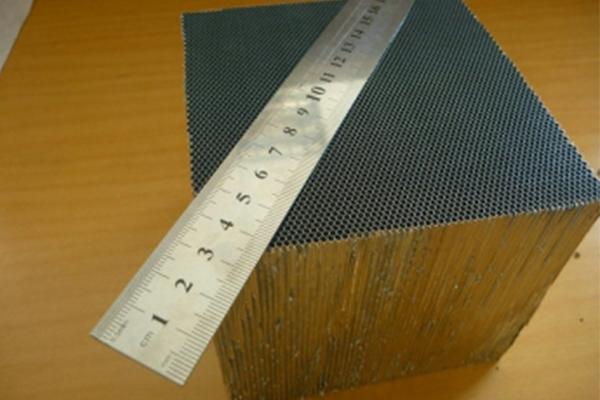 鋁蜂窩板梁安裝