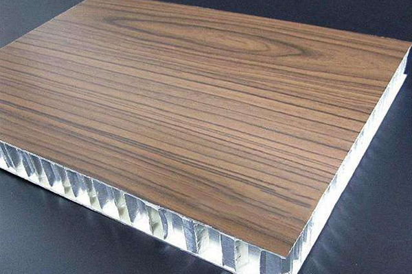 鋁蜂窩板的多樣性
