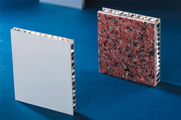 石材鋁蜂窩板的特性