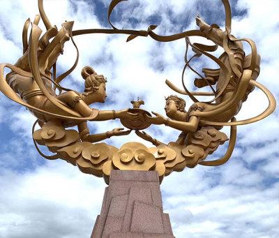 飛天茅臺圓雕塑