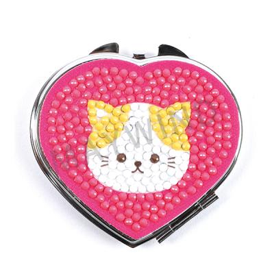 心形小猫镜子