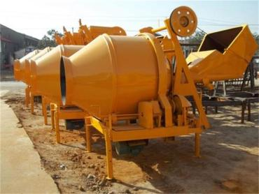 混凝土攪拌機的安全操作規范