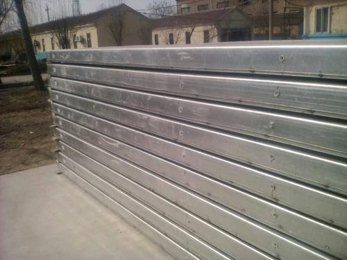 轻型复合板材
