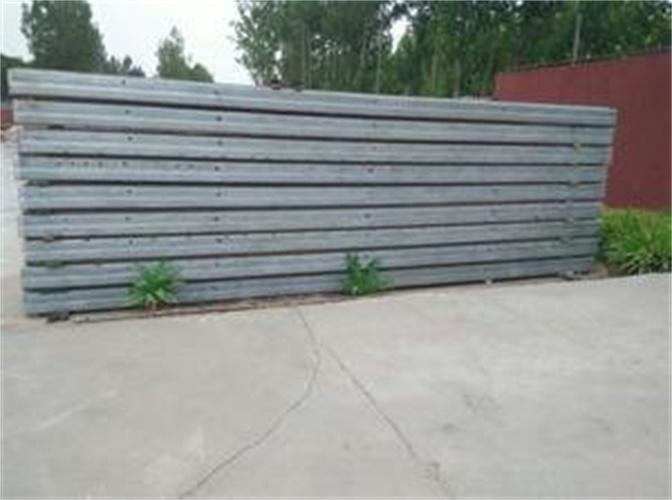钢骨架轻型墙面板