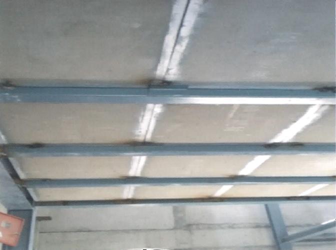 钢框骨架轻型夹层板