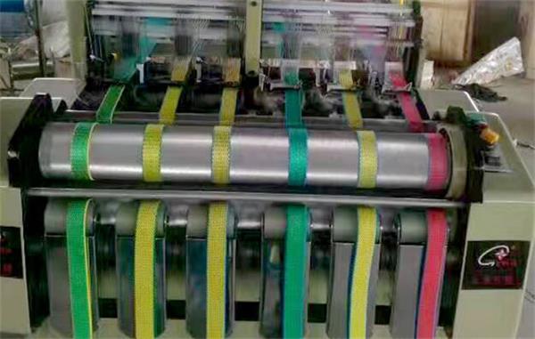 織帶機廠家制作織帶的特點介紹