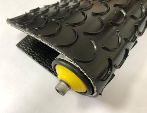 7.5mm黑色PVK月牙溝紋