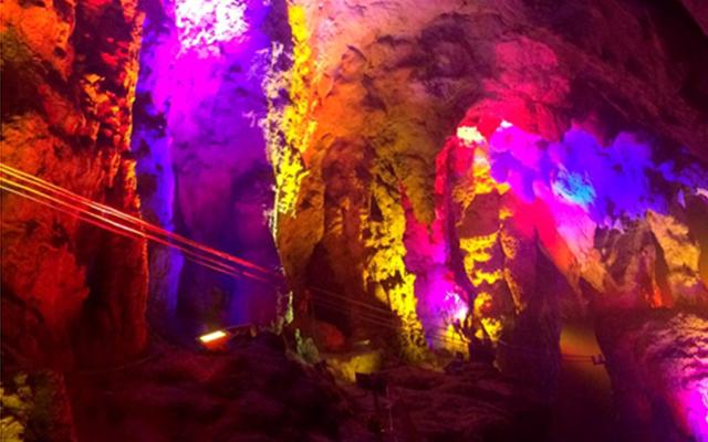 江西洞都溶洞亮化