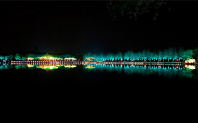 武漢東湖夜景亮化