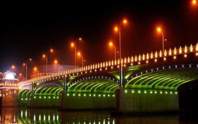 湖北隨州市青年路大橋亮化工程