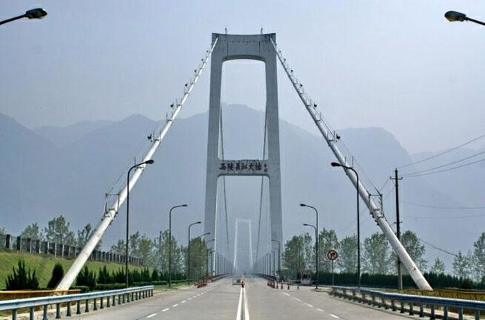 湖北宜昌三峽大壩