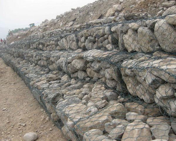 格宾石笼安装使用