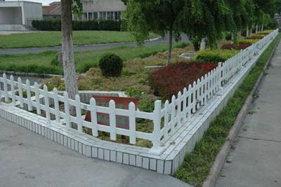 水城PVC草坪護欄