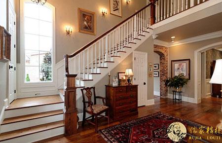 設計樓梯時要注意樓梯的美感,要有藝術的體現