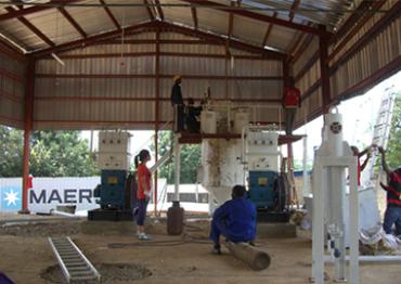 尼日利亚乙炔生产装置设备组装现场