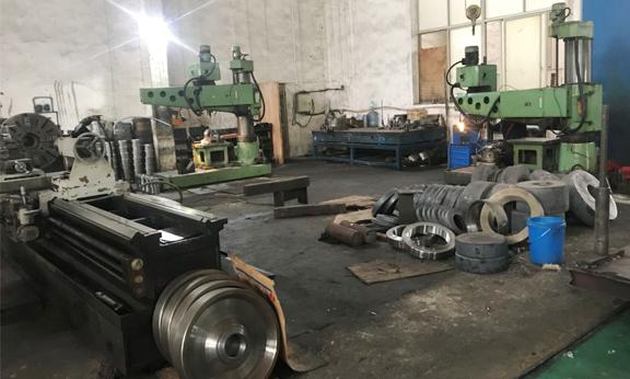 工程机械油缸