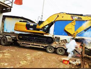 挖掘机收售