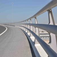 高速公路防撞護欄