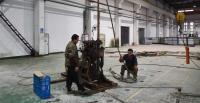 工厂钻水井
