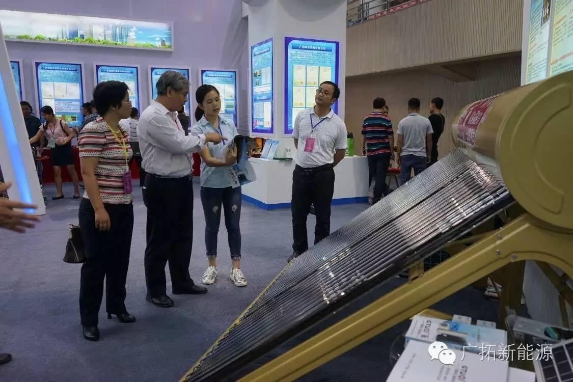 雙艙太陽能熱水器批發
