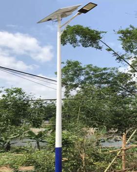 新農村太陽能路燈廠家