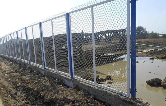 河道護欄網規格