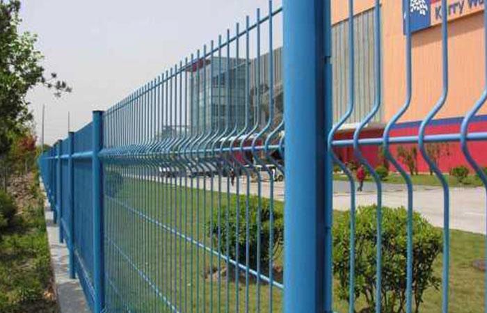 三角折彎護欄網規格