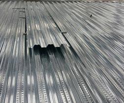 安裝樓層板