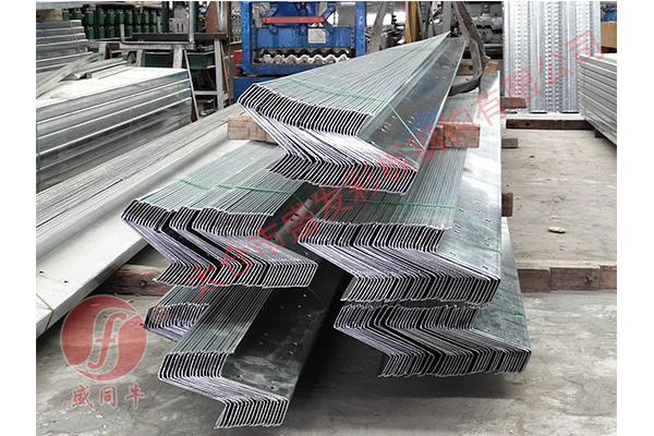C型鋼設備