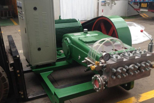 高压水除磷泵_高压除磷系统_除磷泵-无锡九川高压清洗设备有限公司