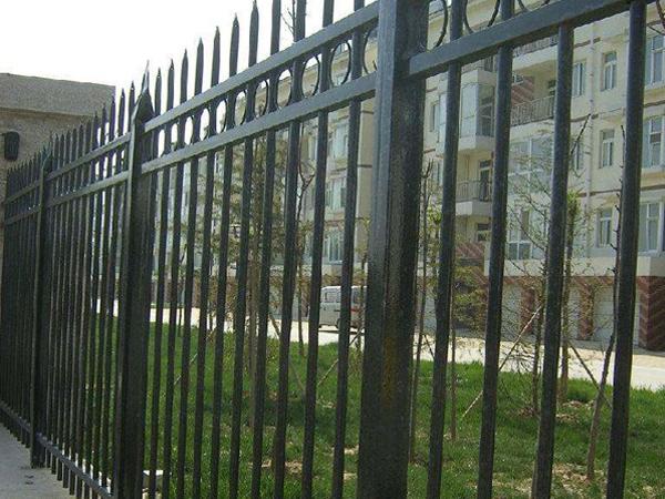 pvc护栏美丽新颖,平安可靠