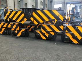 刮板輸送機車間環境
