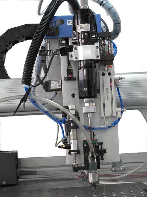 自動化鎖螺絲機