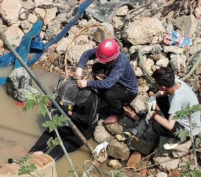北京水下清淤作业