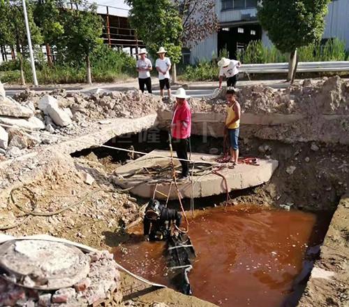 水下管道封堵作业