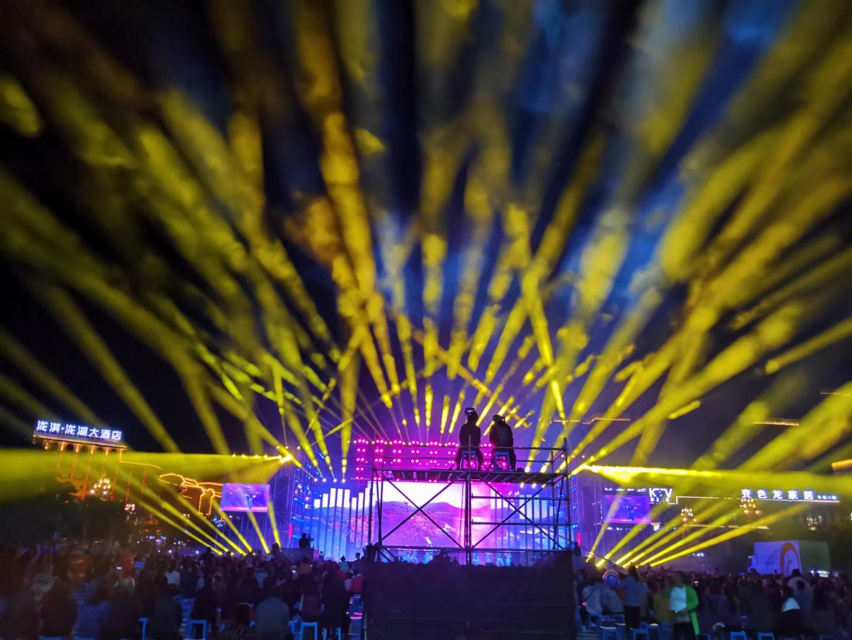 活動中心舞臺燈光搭建怎樣做?