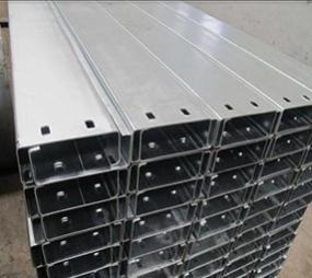 鋼構CZ型鋼