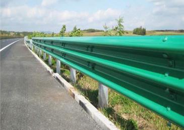 牛角護欄板