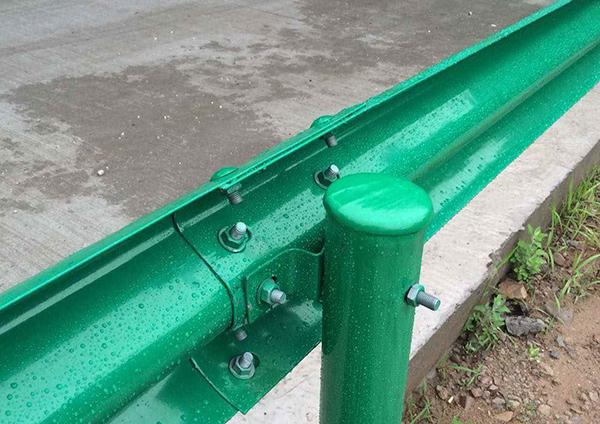 山東防撞護欄