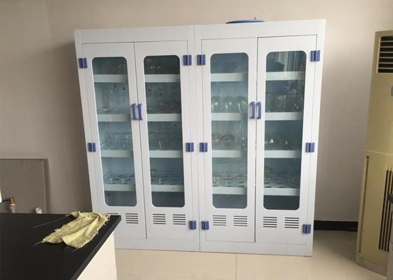 PP藥品柜