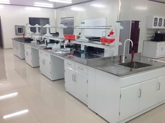 實驗室桌面