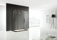 淋浴房的玻璃有很多种款式。夹层玻璃与防爆膜玻璃分析