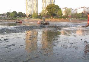 鹰潭市东湖清淤整治