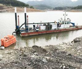 船舶清淤施工