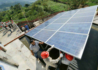 17kw photovoltaic power generation poverty alleviation project in Xiagang village, xialeng Town, Longzhou County