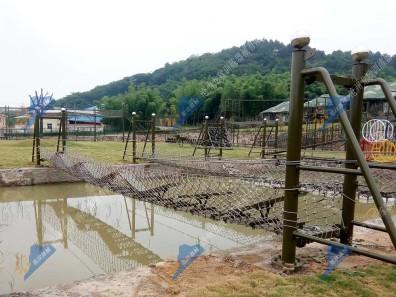 辽宁水上拓展训练设施-水上翘板桥