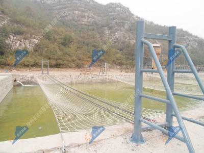 水上拓展训练项目-水上情侣桥