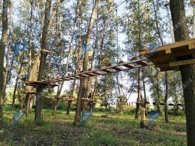 飞跃丛林探险乐园-飞越丛林探险乐园