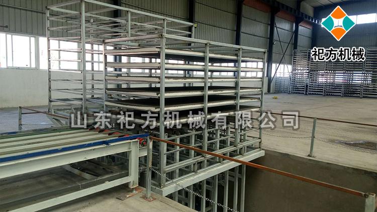 复合保温模板设备出板系统